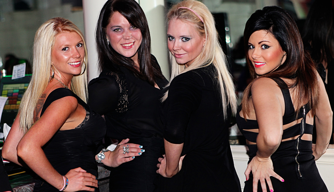 Four Ladies At The Bar Photo, Nightlife, Baton Rouge, LA - The Penthouse Club