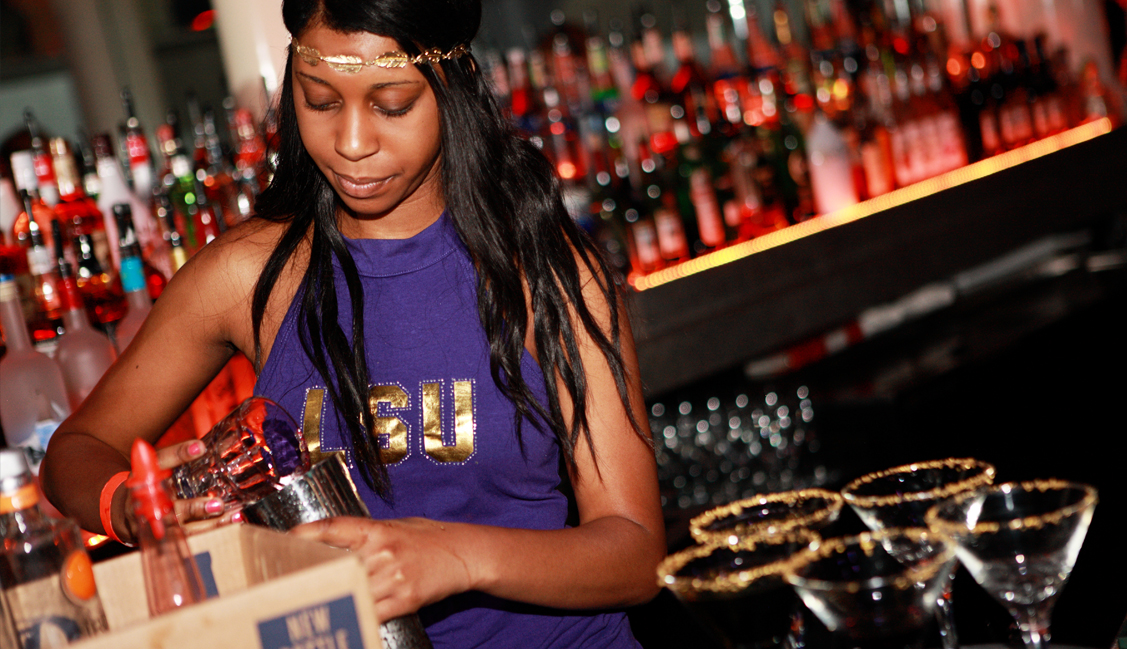 LSU Bartender Pours Drinks, Night Clubs, Baton Rouge, LA Photo - The Penthouse Club